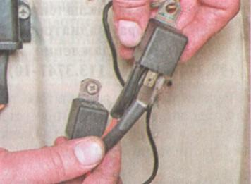 Zamena rele motora na kholodilnike atlant