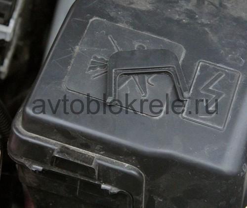 Lada-vesta-blok-kapot-4